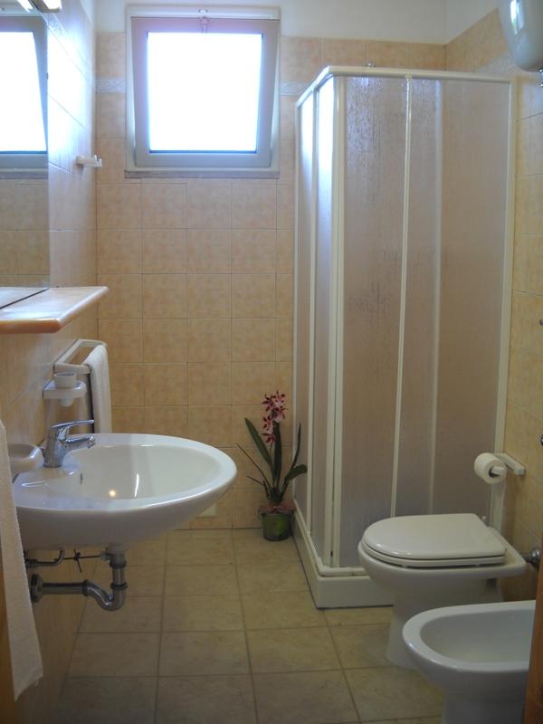 Casa vacanze cerra appartamenti vicino al mare di otranto for Affitto locale c1